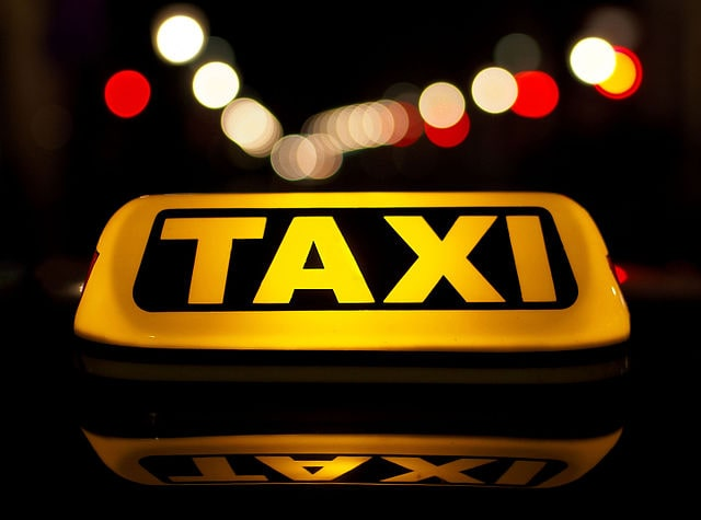 taxis tanfolyam